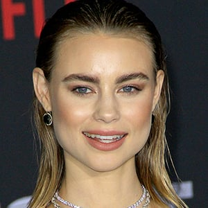 Lucy Fry 8 of 10
