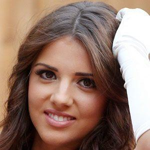 Lucy Mecklenburgh 5 of 9