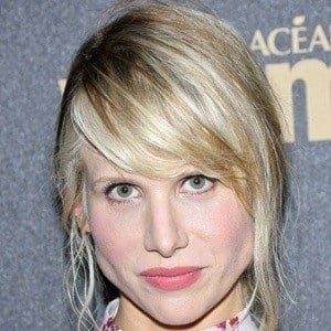 Lucy Punch 2 of 10