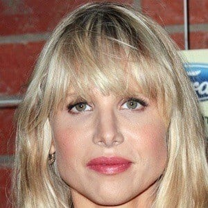 Lucy Punch 3 of 10