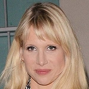 Lucy Punch 8 of 10