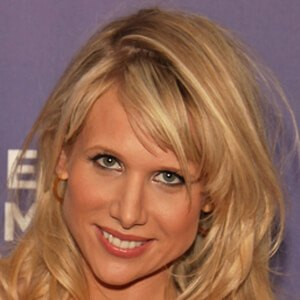 Lucy Punch 9 of 10