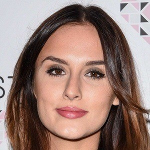 Lucy Watson 9 of 10