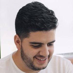 Luis Abate Headshot 8 of 10