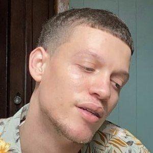 Luis Duval Headshot 4 of 10