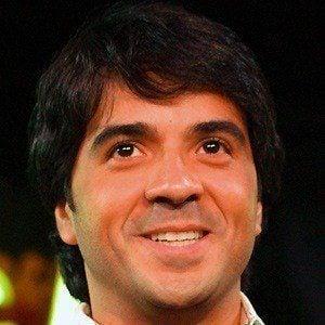 Luis Fonsi 3 of 8