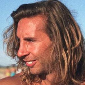 Luis Giménez 4 of 5