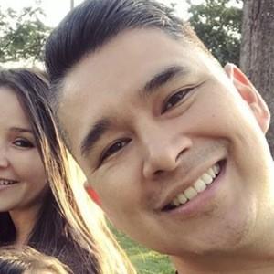 Luis Morales Jr. 5 of 6