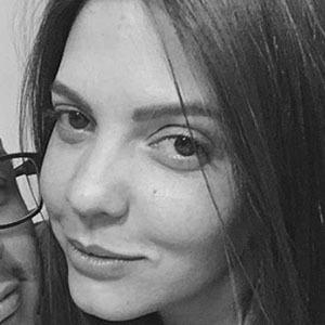 Luisa Dineiro Headshot 3 of 4