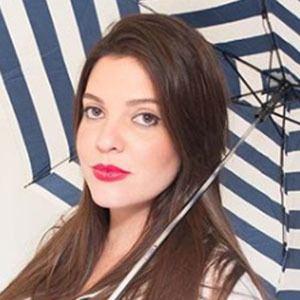 Luisa Dineiro Headshot 4 of 4