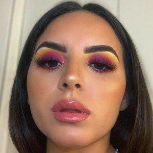 Luisa Quintana Headshot 6 of 10