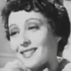 Luise Rainer 8 of 10