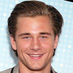 Luke Benward 2 of 10