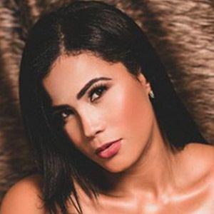 Luz Echeverría Molina 2 of 4