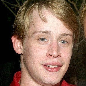 Macaulay Culkin 4 of 10