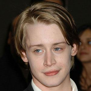 Macaulay Culkin 9 of 10