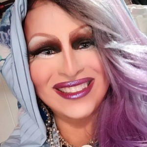 Madame LaQueer 3 of 6