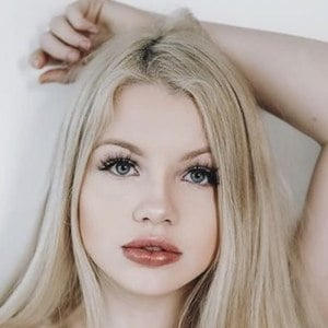 Maddie Lambert 7 of 10
