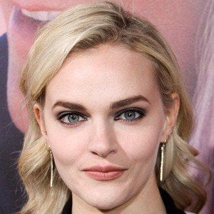 Madeline Brewer 2 of 5