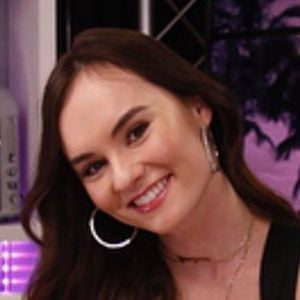 Madeline Carroll 2 of 10