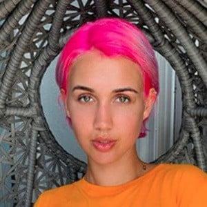 Madison Skylar 3 of 5