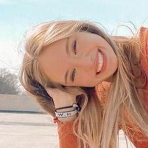Madison Vanderveen 4 of 5