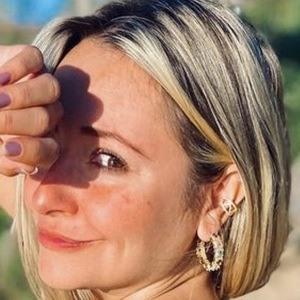 Madú Avila Headshot 6 of 10