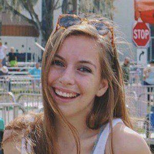 Mady Vivian 2 of 7
