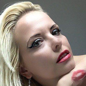 Magda Kaminski Headshot 6 of 6