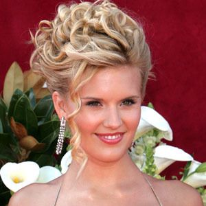 Maggie Grace 8 of 10
