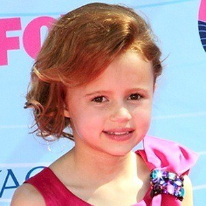 family and maggie jones Maggie elizabeth jones wiki 2018, height, age, net worth 2018, weight, family - find facts and details about maggie elizabeth jones on wikifameorg.