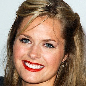 Maggie Lawson 2 of 10
