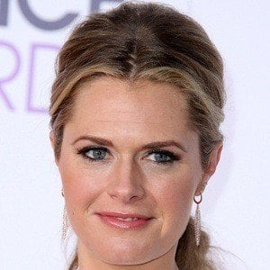 Maggie Lawson 7 of 10