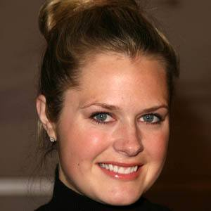 Maggie Lawson 9 of 10
