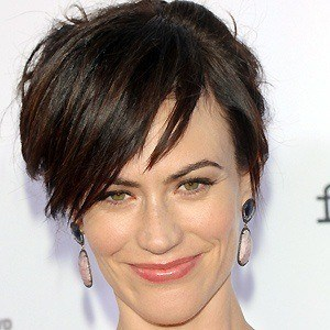 Maggie Siff 2 of 5