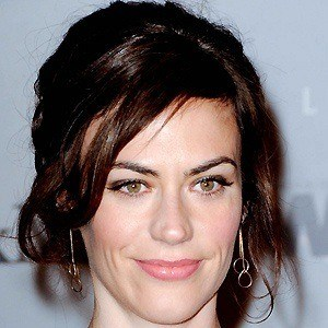 Maggie Siff 3 of 5