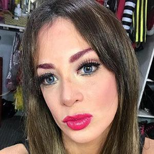 Mailyn Fernandez 3 of 4