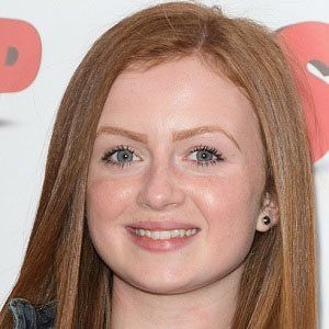 Maisie Smith 2 of 4