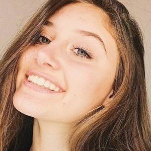 Makayla Phillips 3 of 7