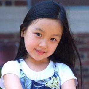 Malea Emma 4 of 7