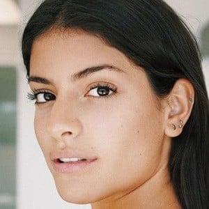 Manuela Álvarez 6 of 6