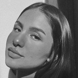 María Garza 7 of 10