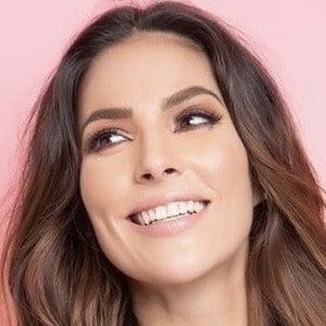 María Rodríguez Headshot 10 of 10