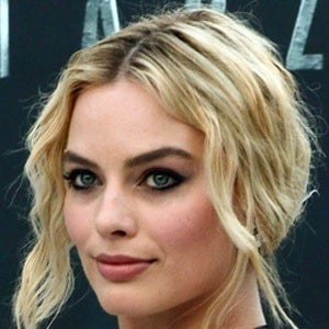 Margot Robbie 7 of 10