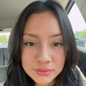 Maria Marmora Headshot 2 of 10