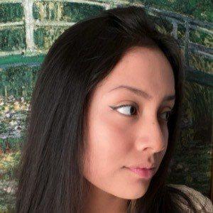 Maria Marmora Headshot 3 of 10