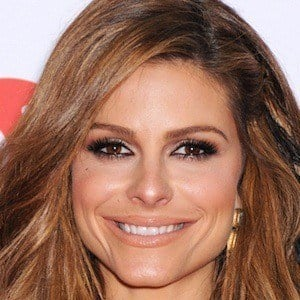 Maria Menounos 9 of 10