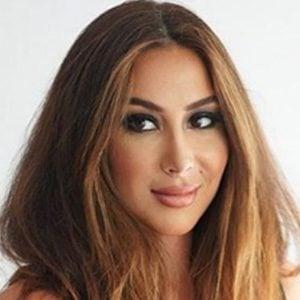 Mariam Frei 2 of 5