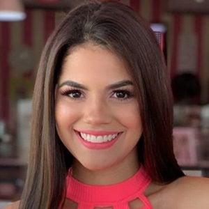 Mariana Ávila 3 of 5