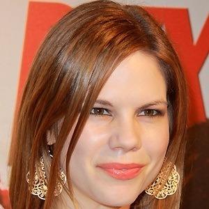 Mariana Klaveno 2 of 5